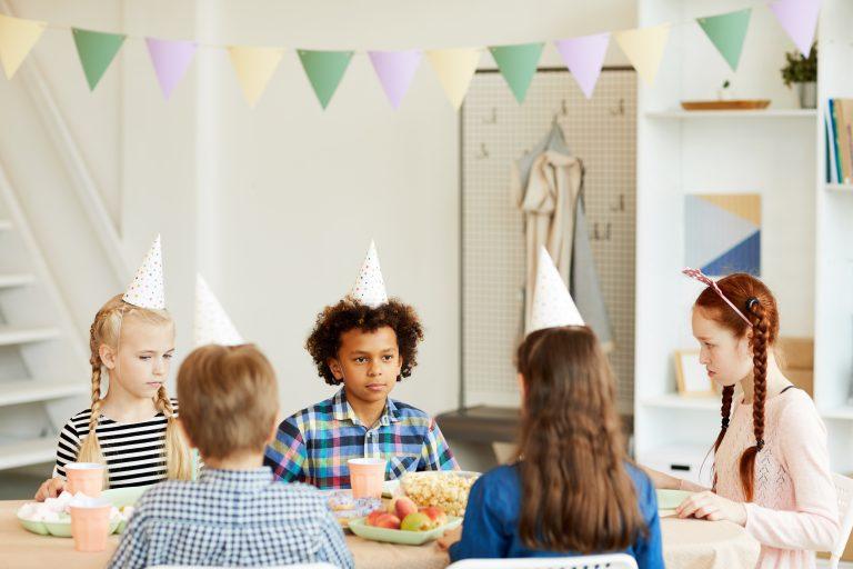 Детски рожден ден с ограничен бюджет и кетъринг